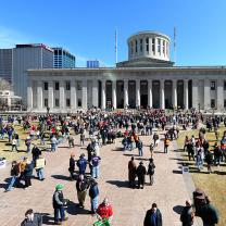 People protesting at Ohio Statehouse